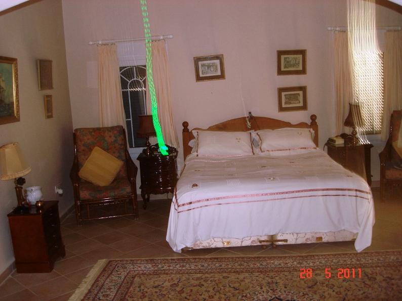 main-bedroom-3