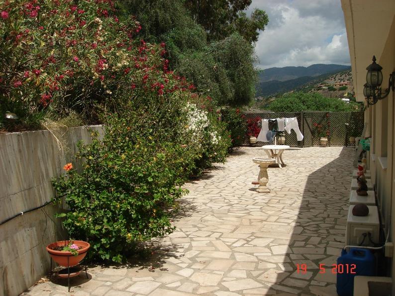 rear-patio-2