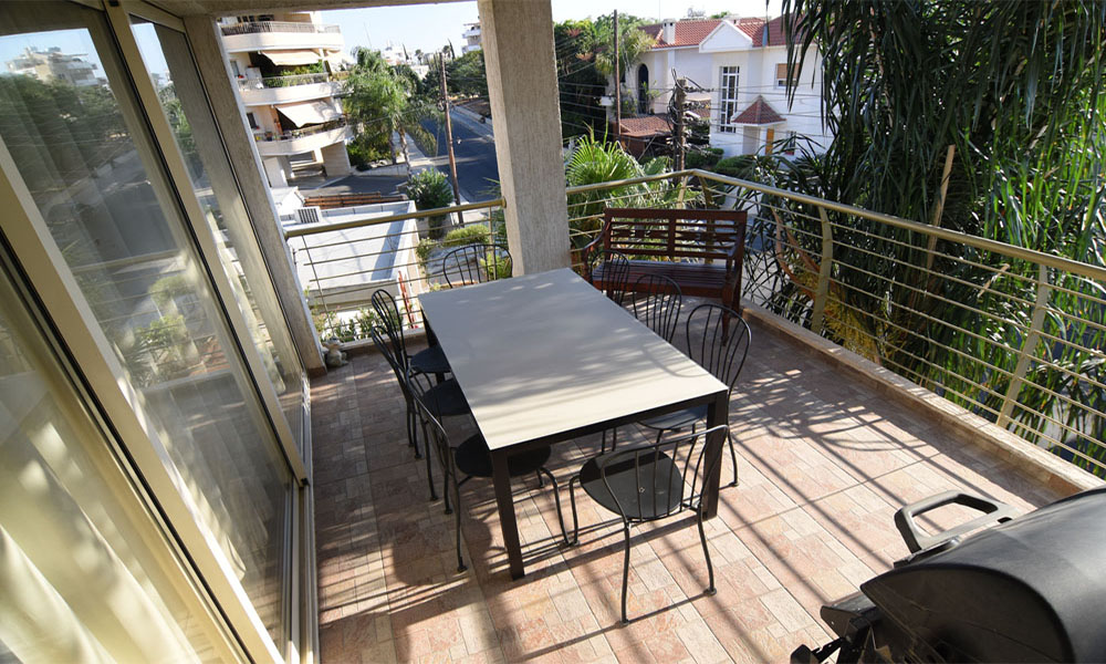 Limassol - 2nd floor 2 bed apartment for sale