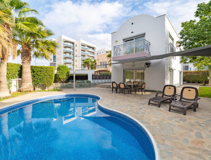 Beautiful Agios Tychonas Luxury Villa for sale
