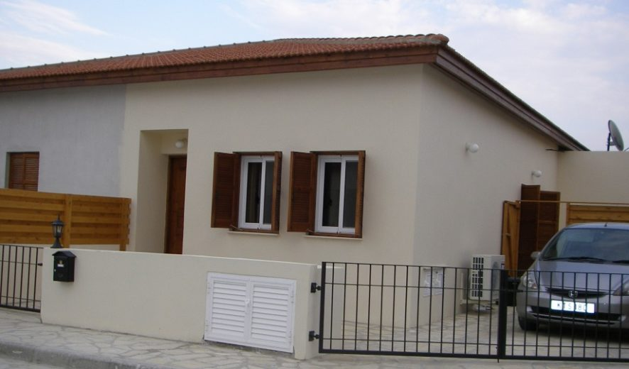 Two Bed semi-detached bungalow - Skarinou - Larnaca district